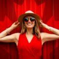 Jaka biżuteria do czerwonej sukienki? Dodatki do kreacji